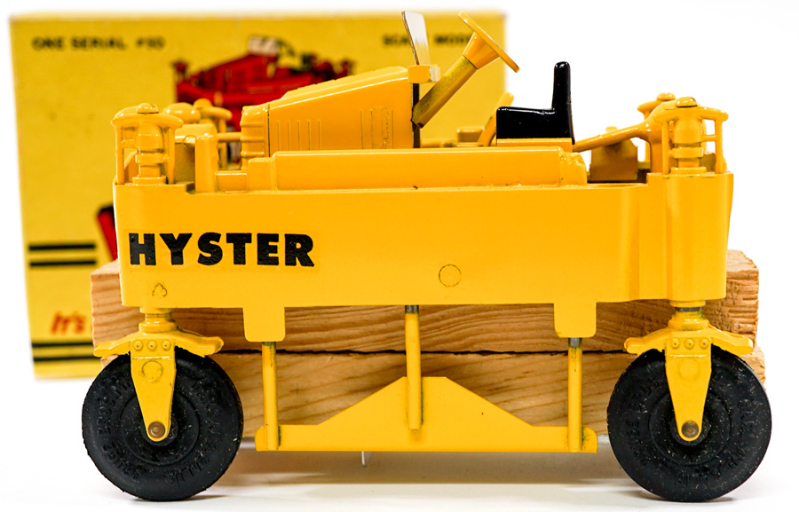 Hyster Straddle Truck Mint in Box